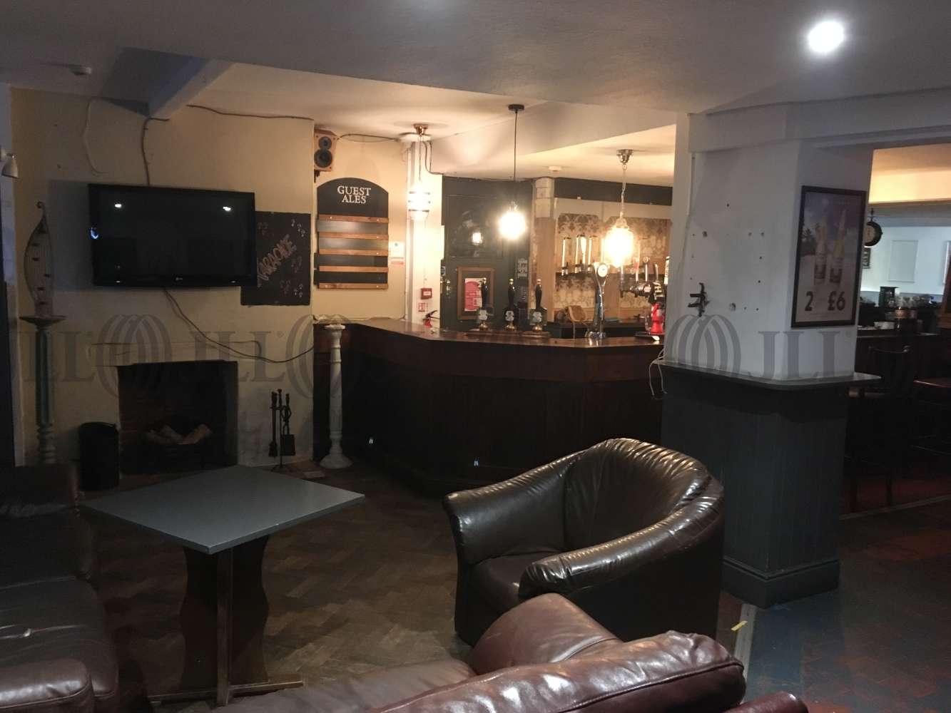Leisure Exeter, EX1 2BL - The Globe Inn - 1701