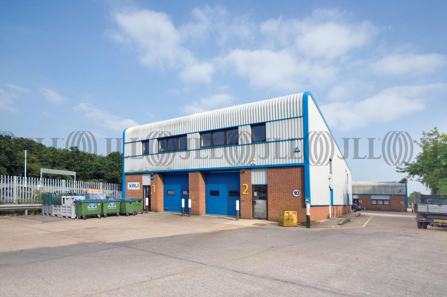 Industrial Wokingham, RG41 2YQ - Unit 2 Station Industrial Estate - 1