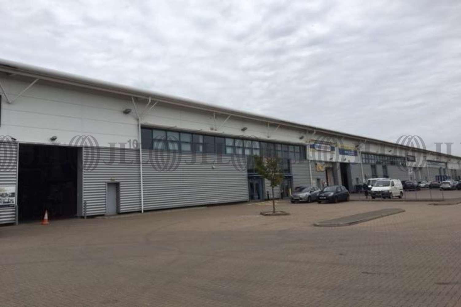 Industrial Welwyn garden city, AL7 1FS - Unit 10, Quadrant Park