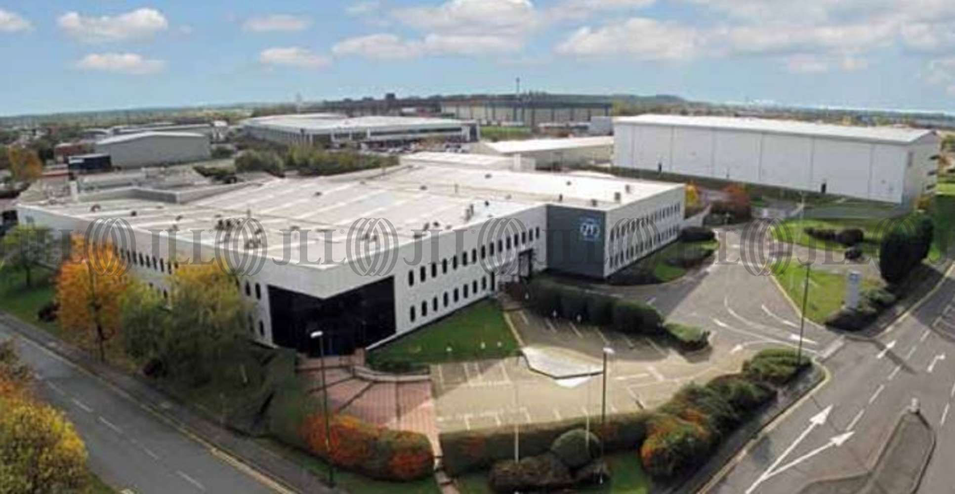 Industrial Nottingham, NG7 2SX - ZF Services - 2