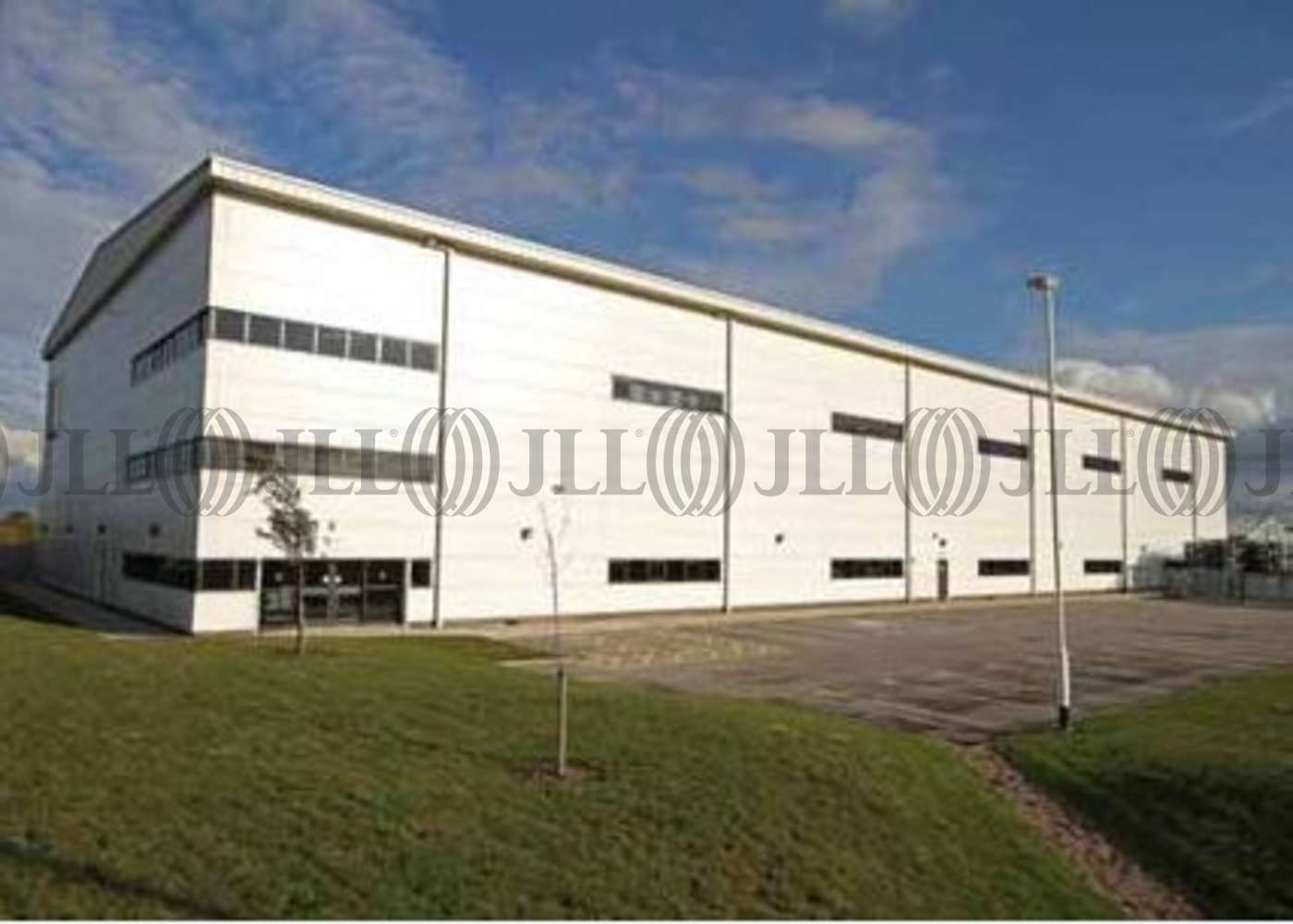Industrial Nottingham, NG7 2SX - ZF Services - 3
