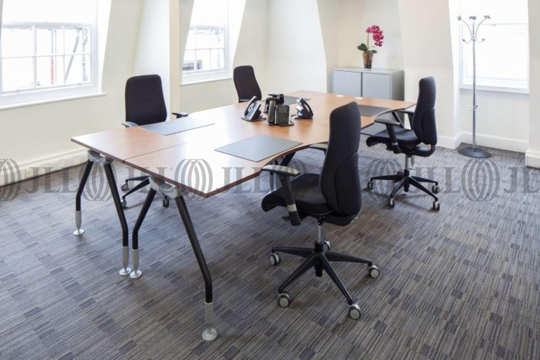 Serviced office London, W1K 4QR - 28 Grosvenor Street  - 2