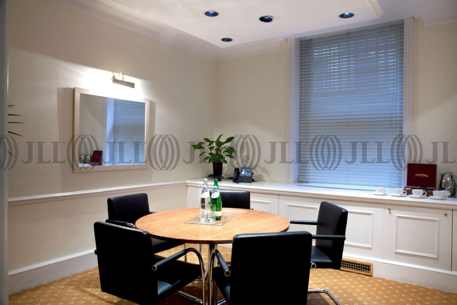 Serviced office London, W1J 6HE - 23 Berkeley Square - 4