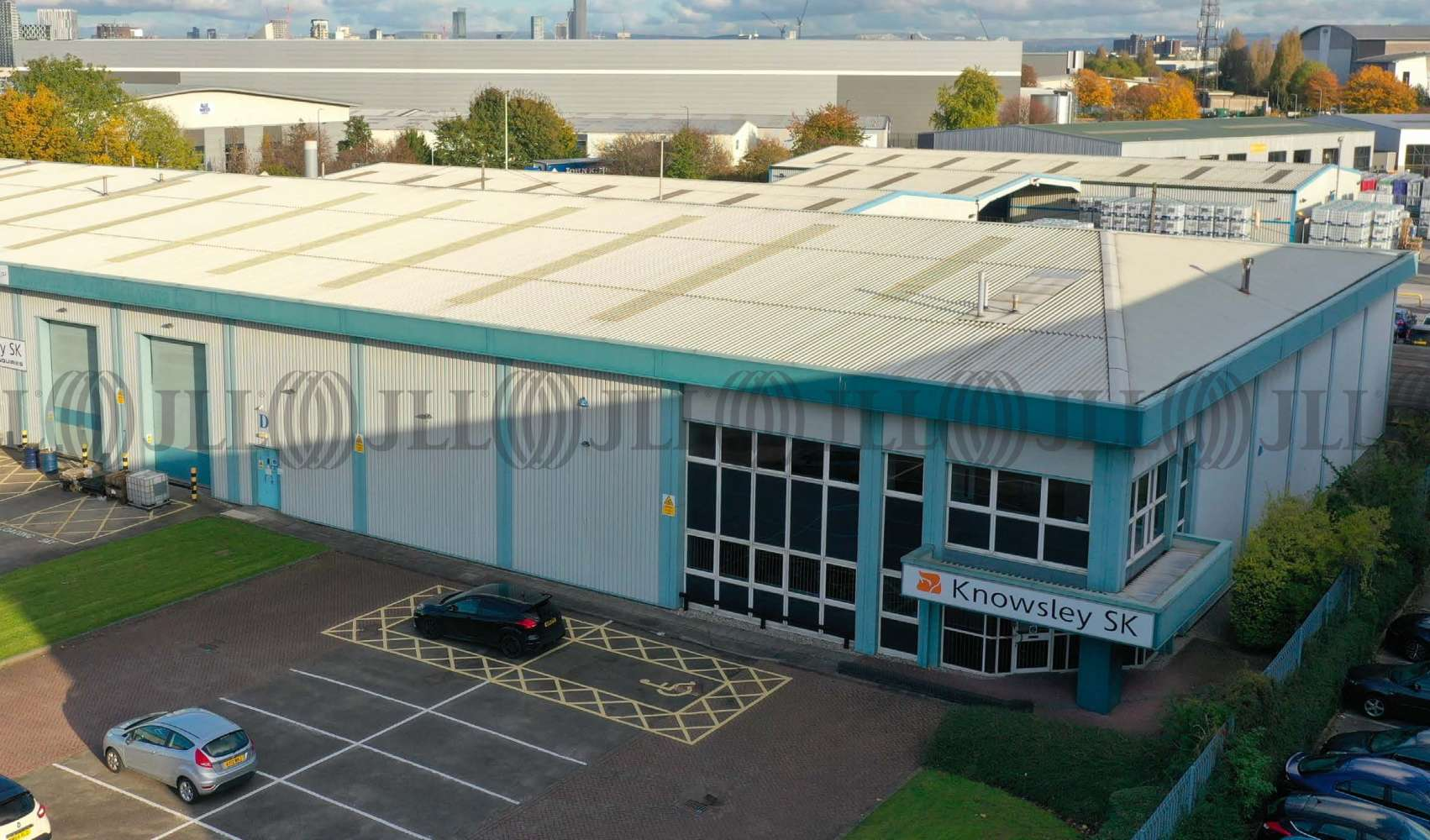 Industrial Trafford park, M17 1AE - Unit D Centrepoint - 1
