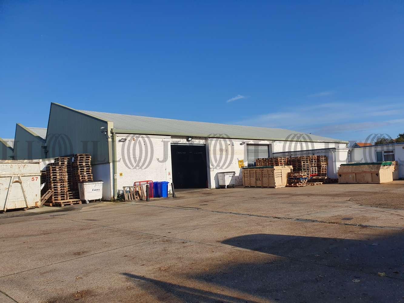 Industrial Heathrow, TW15 1YQ - Units 16 - 18 Ashford Business Centre - 20191113104647