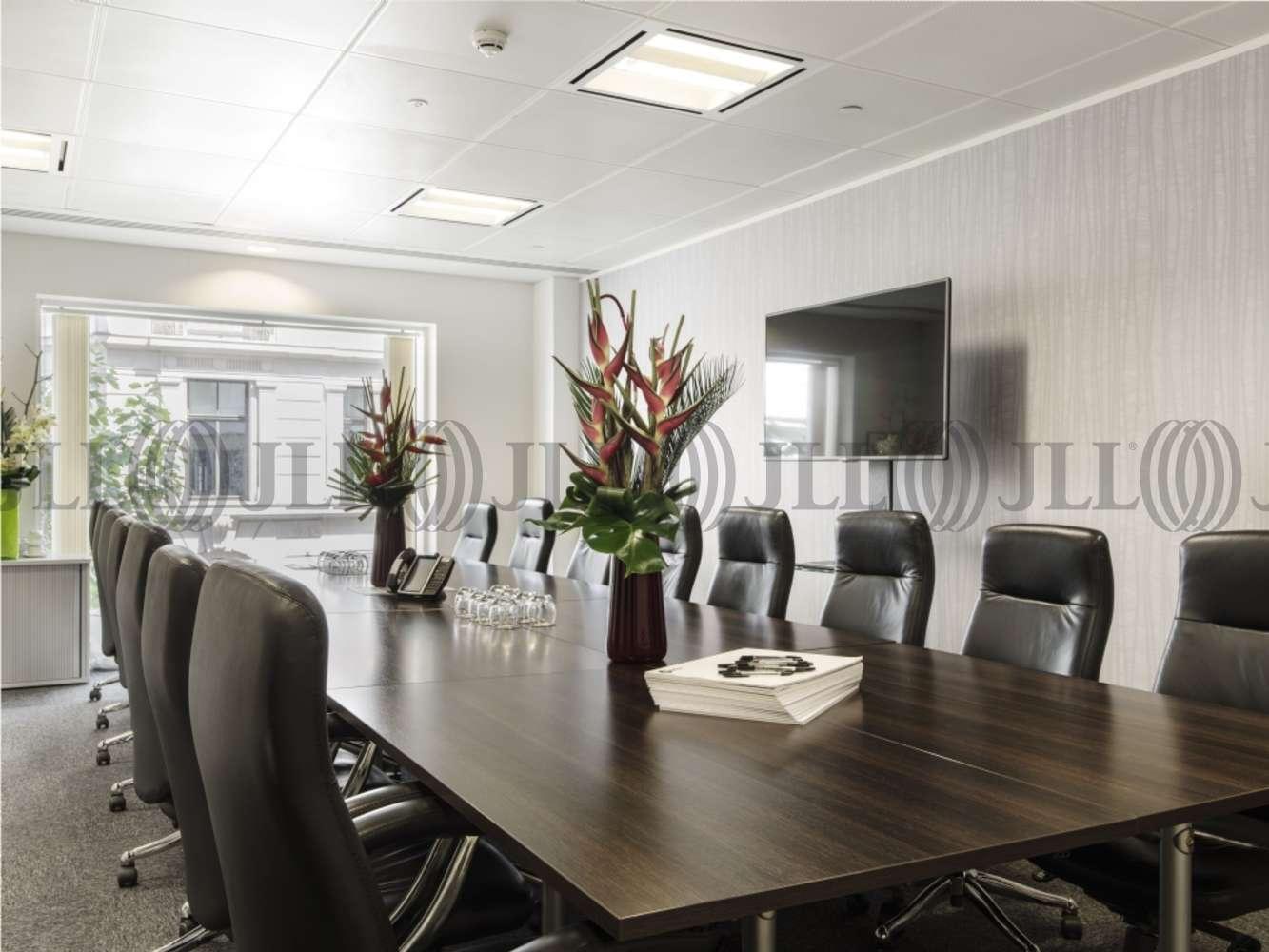 Serviced office London, EC2V 7BB - 60 Gresham Street - 983