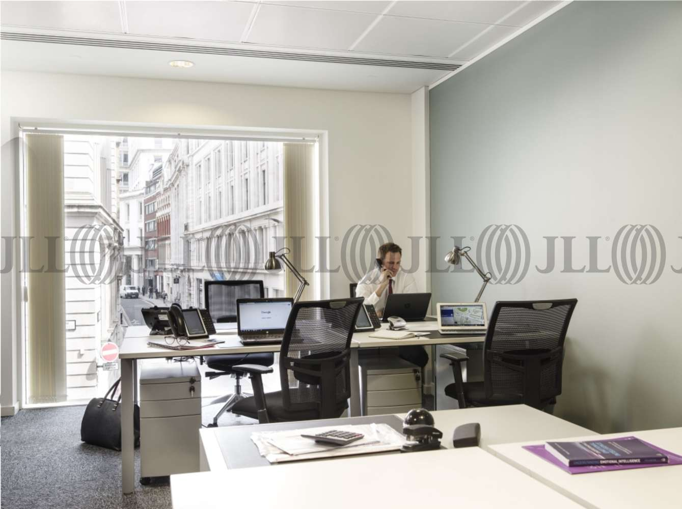 Serviced office London, EC2V 7BB - 60 Gresham Street - 981
