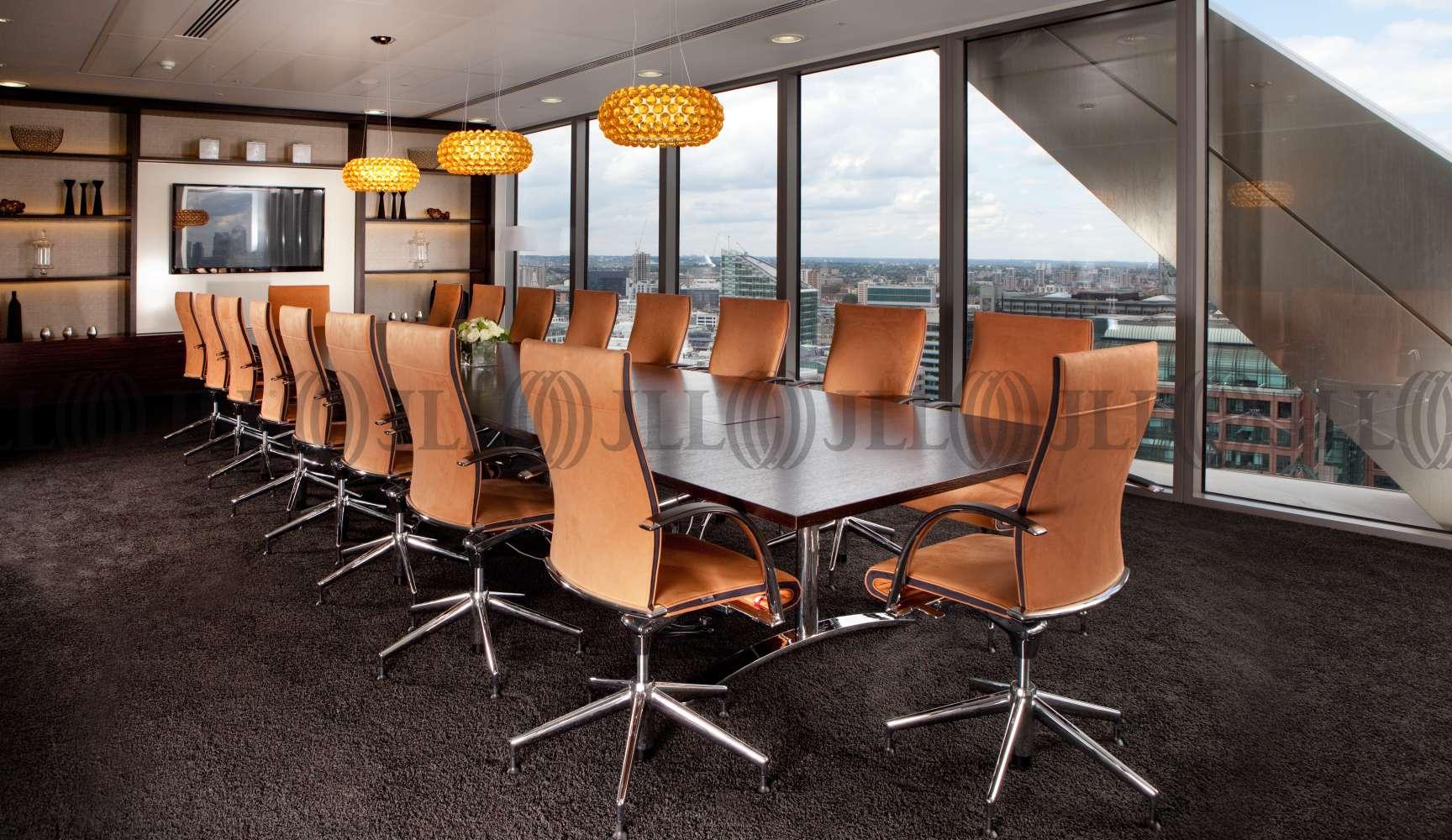 Serviced office London, EC2N 4AY - Salesforce Tower - 23521