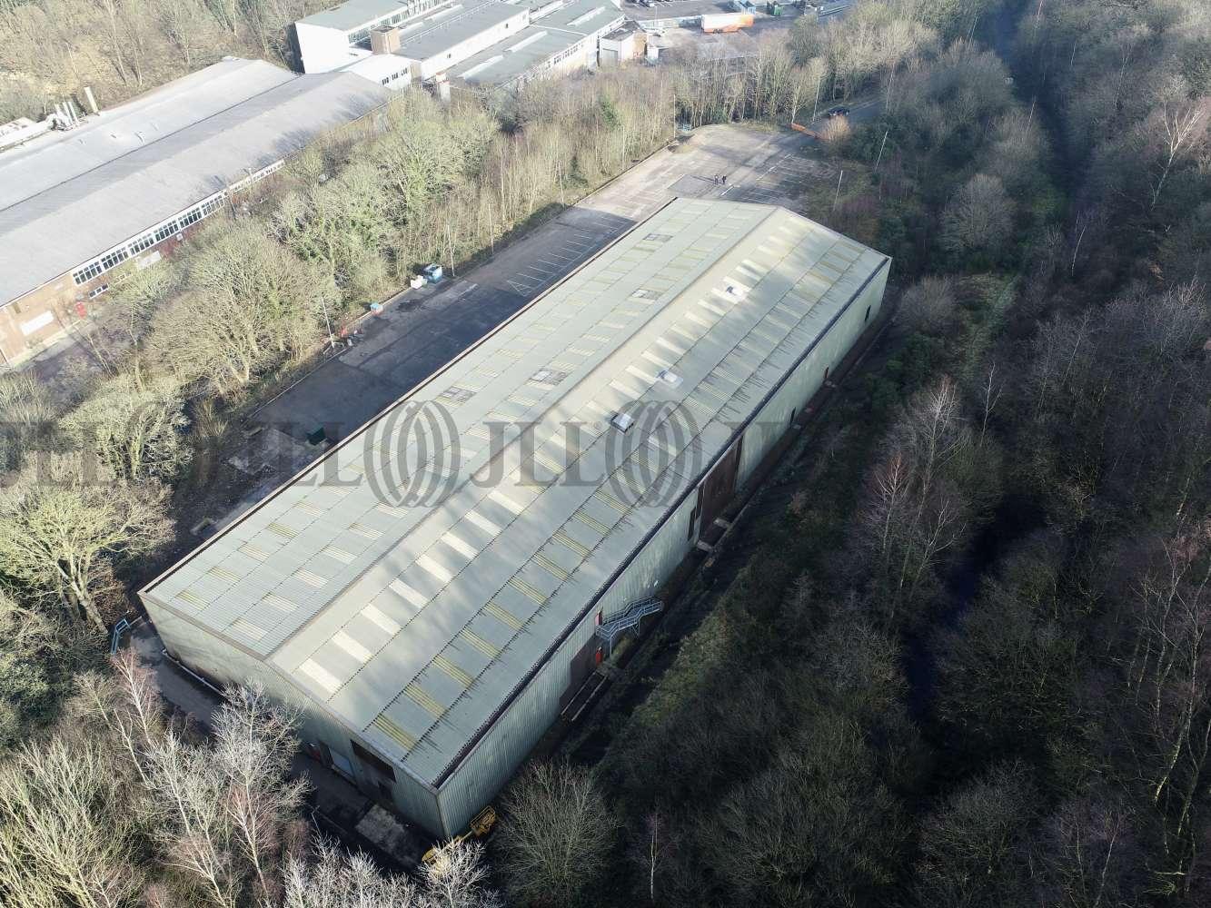 Industrial Halifax, HX4 8LW - Ellistones Lane - 001