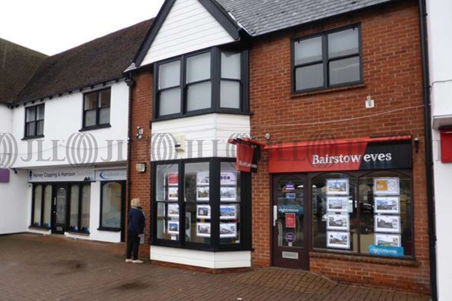 Retail shopping centre Chelmsford, CM3 5TB - 11 Chandlers Way