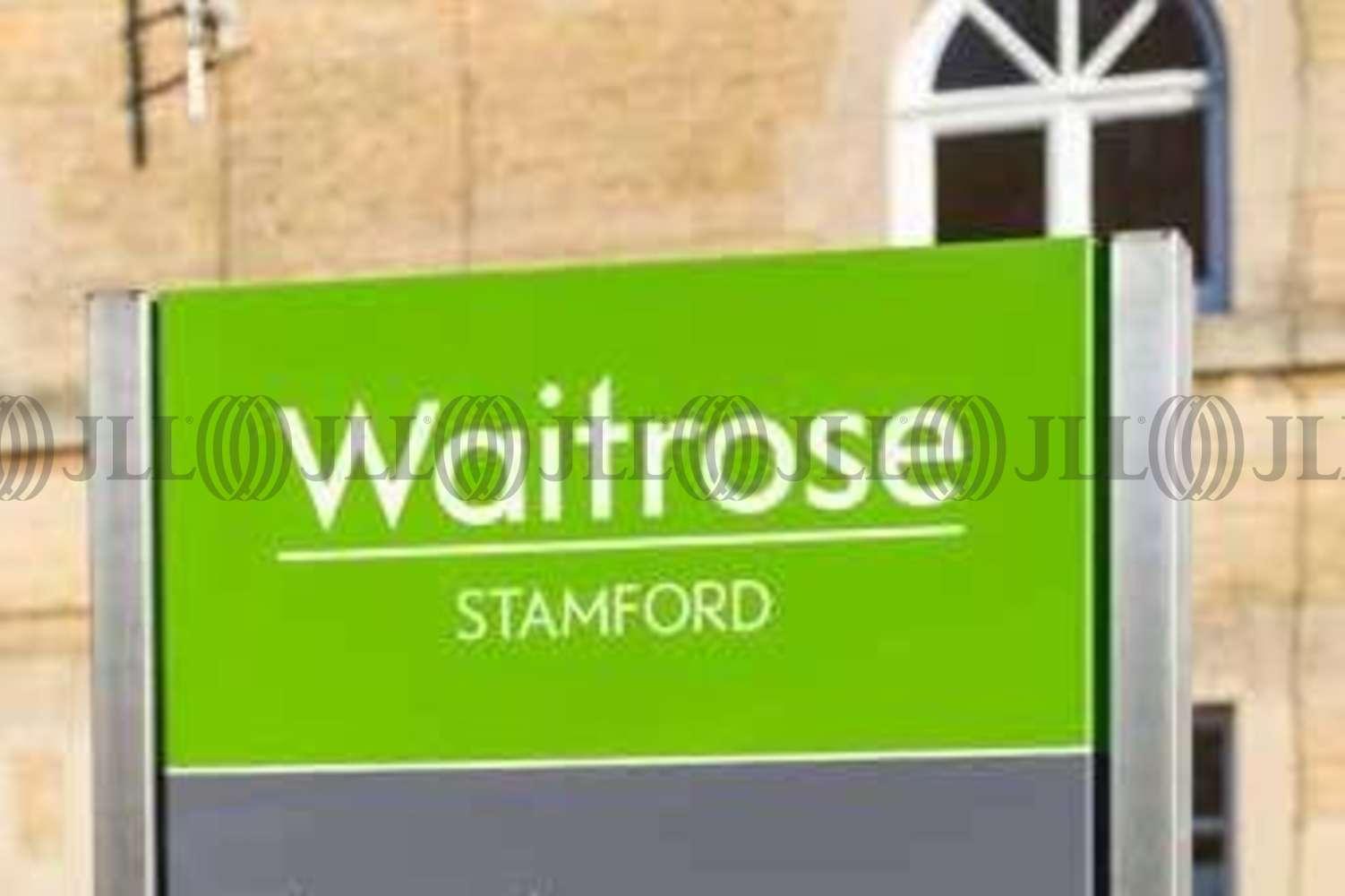 Retail shopping centre Stamford, PE9 2PR - Waitrose - 7