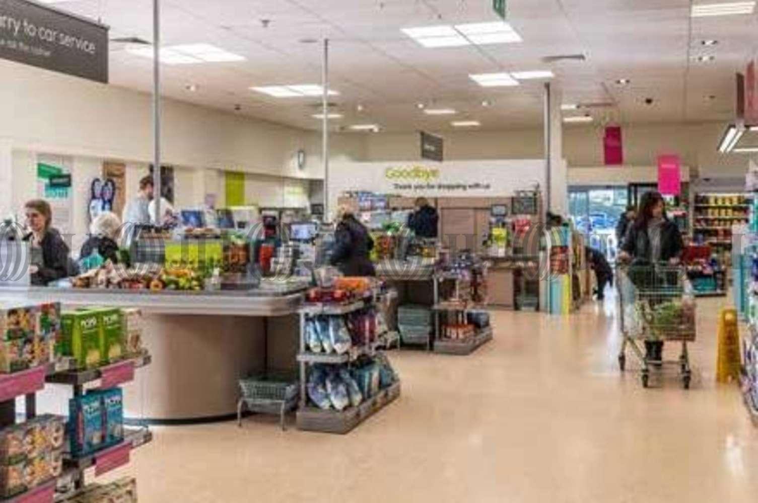 Retail shopping centre Stamford, PE9 2PR - Waitrose - 15