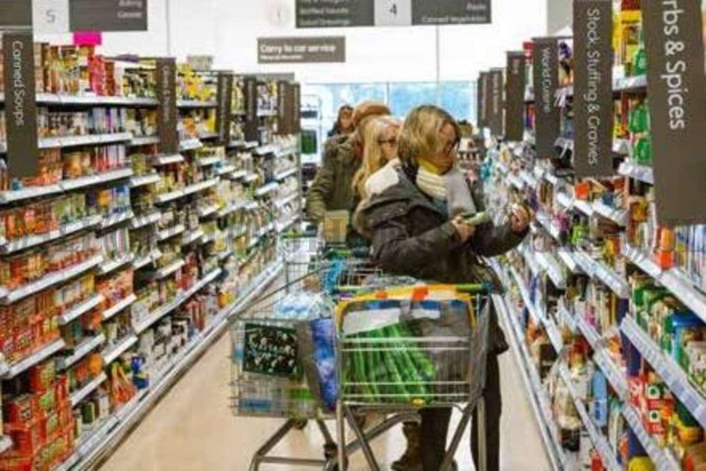Retail shopping centre Stamford, PE9 2PR - Waitrose - 16