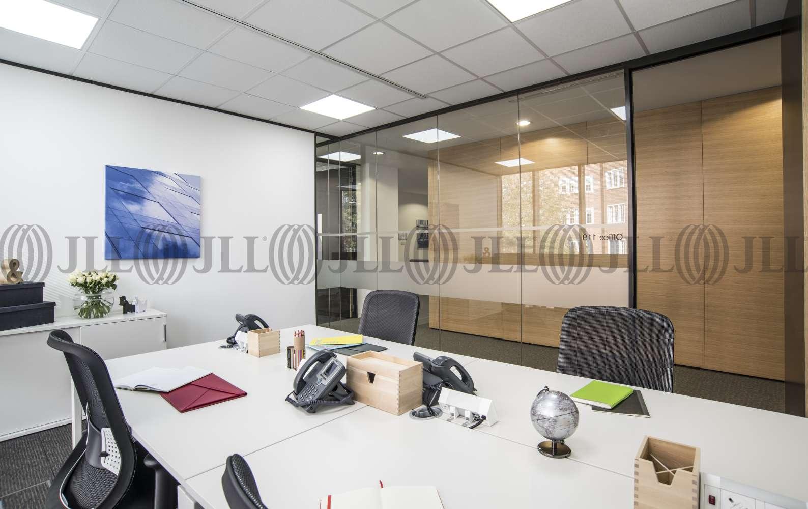 Serviced office London, W8 6SN - 239 Kensington High Street  - 021