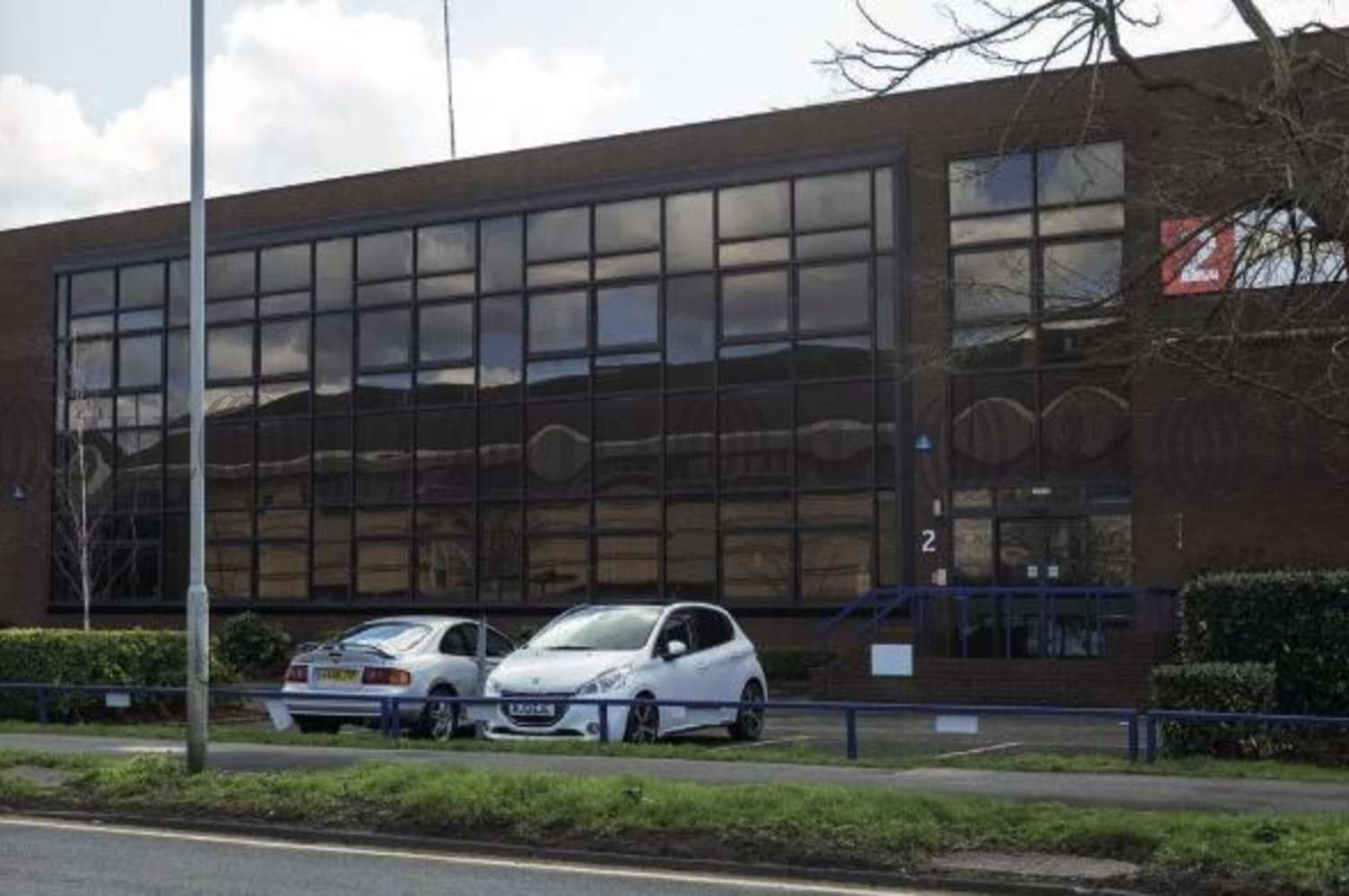 Industrial Bracknell, RG12 1RW - Unit 2 Western Trade Centre