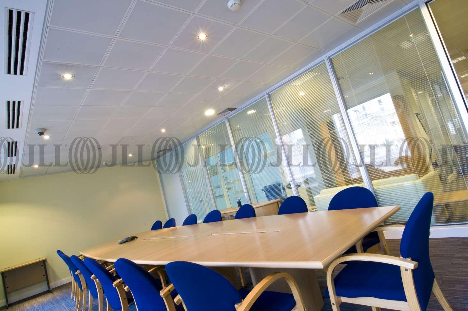 Serviced office London, EC4N 7DZ - 68 King William Street  - 1054