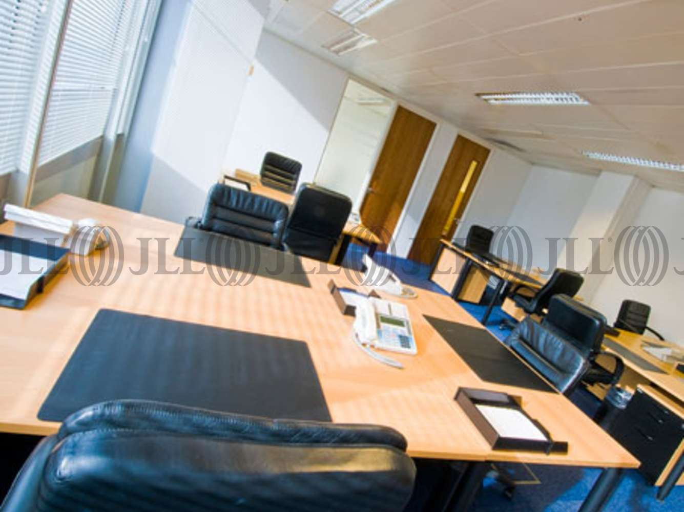 Serviced office London, W14 8TH - Crown House   - 3