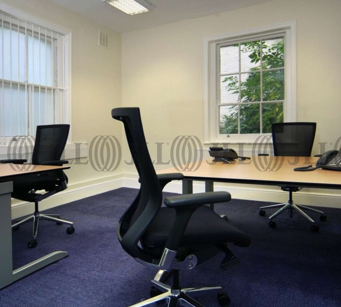 Serviced office London, WC1A 2RP - 4 Bloomsbury Square  - 1