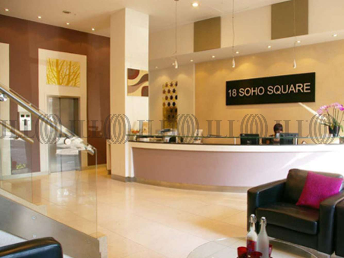 Serviced office London, W1D 3QL - 18 Soho Square - 42721