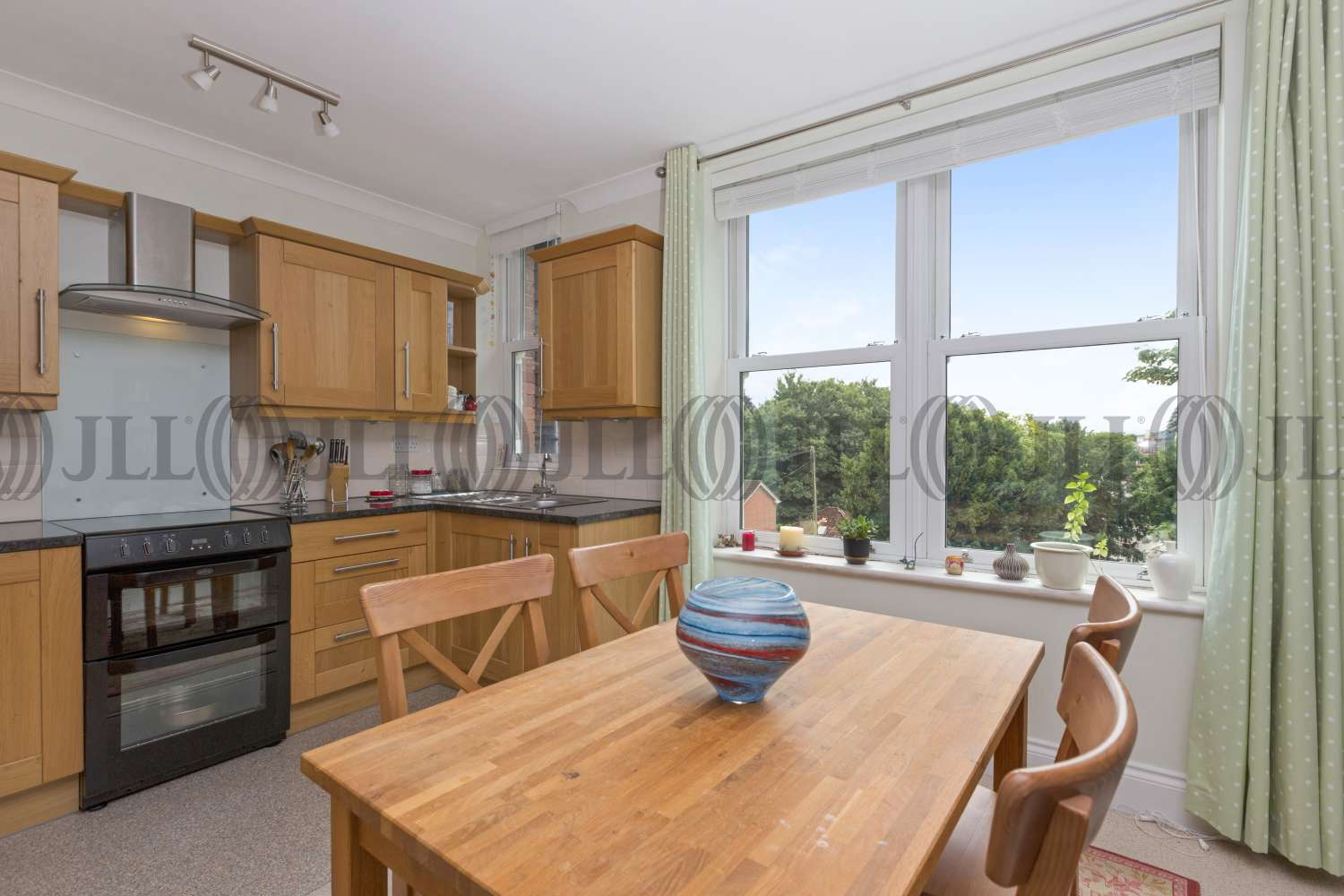 Residential use Exeter, EX1 1RX - 28 Barnfield Road