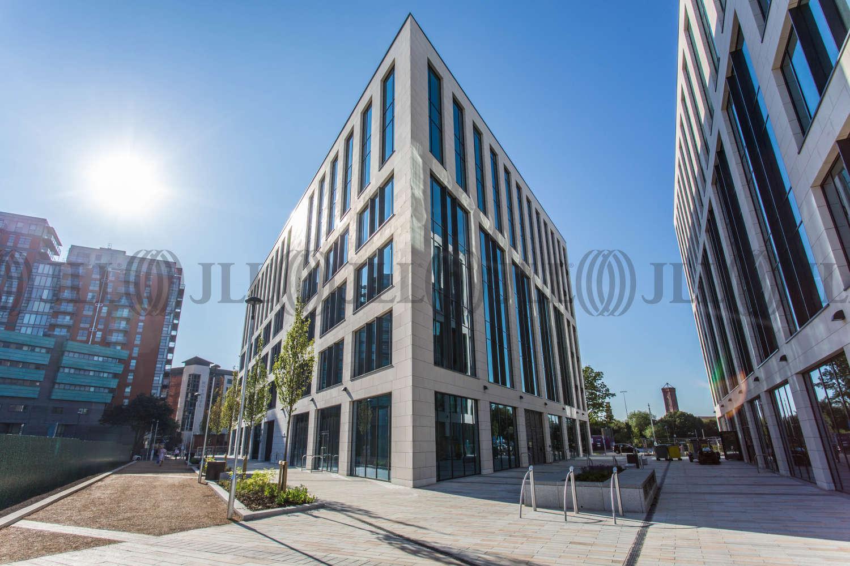 Office Leeds, LS1 4AP - 5 Wellington Place - 9145
