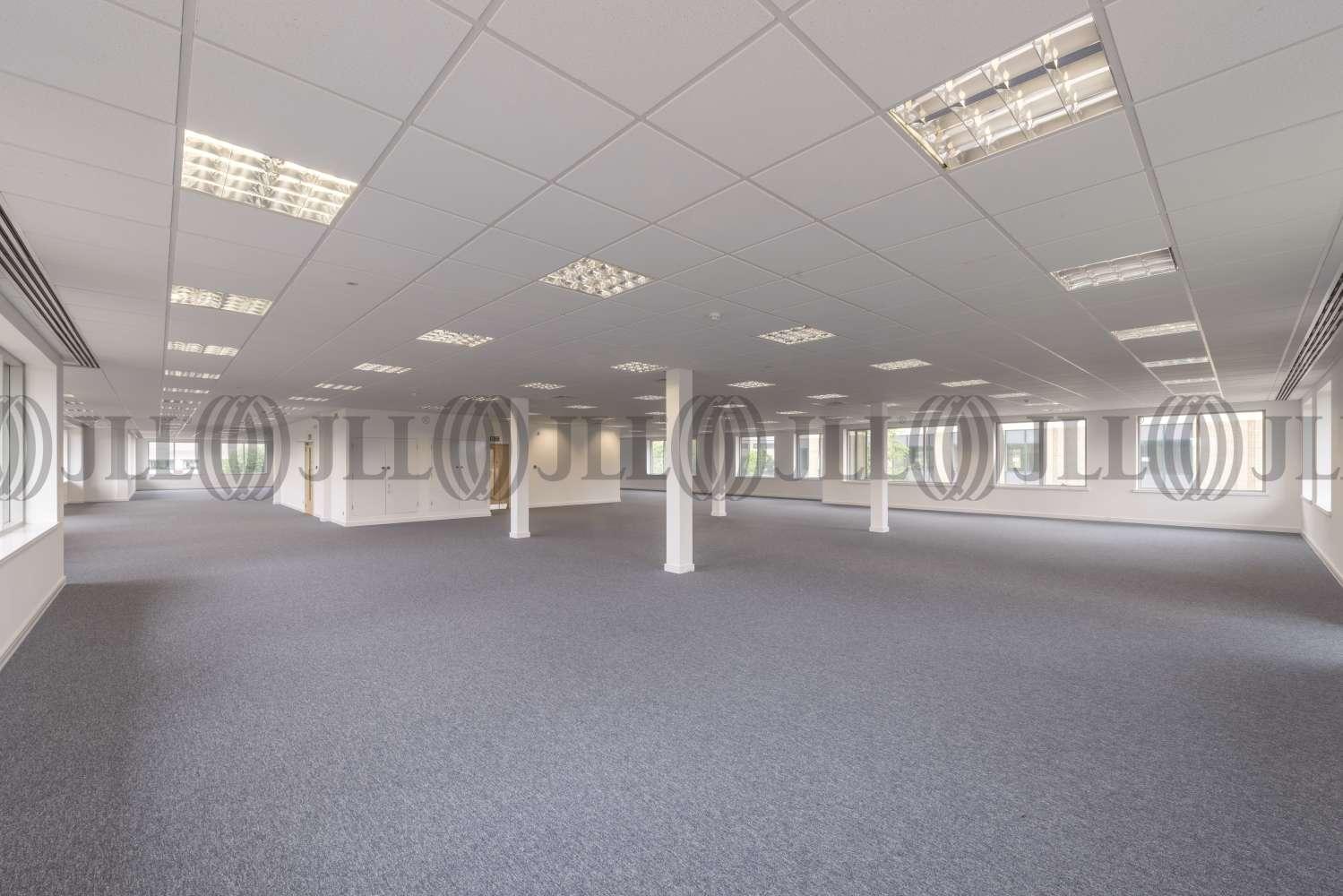 Office Birmingham, B37 7YN - 2940 Trident Court, Birmingham Business Park - 2940