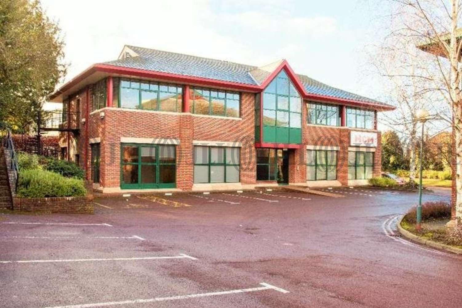 Office Bracknell, RG12 7BW - Unit 11 Bracknell Beeches - 1