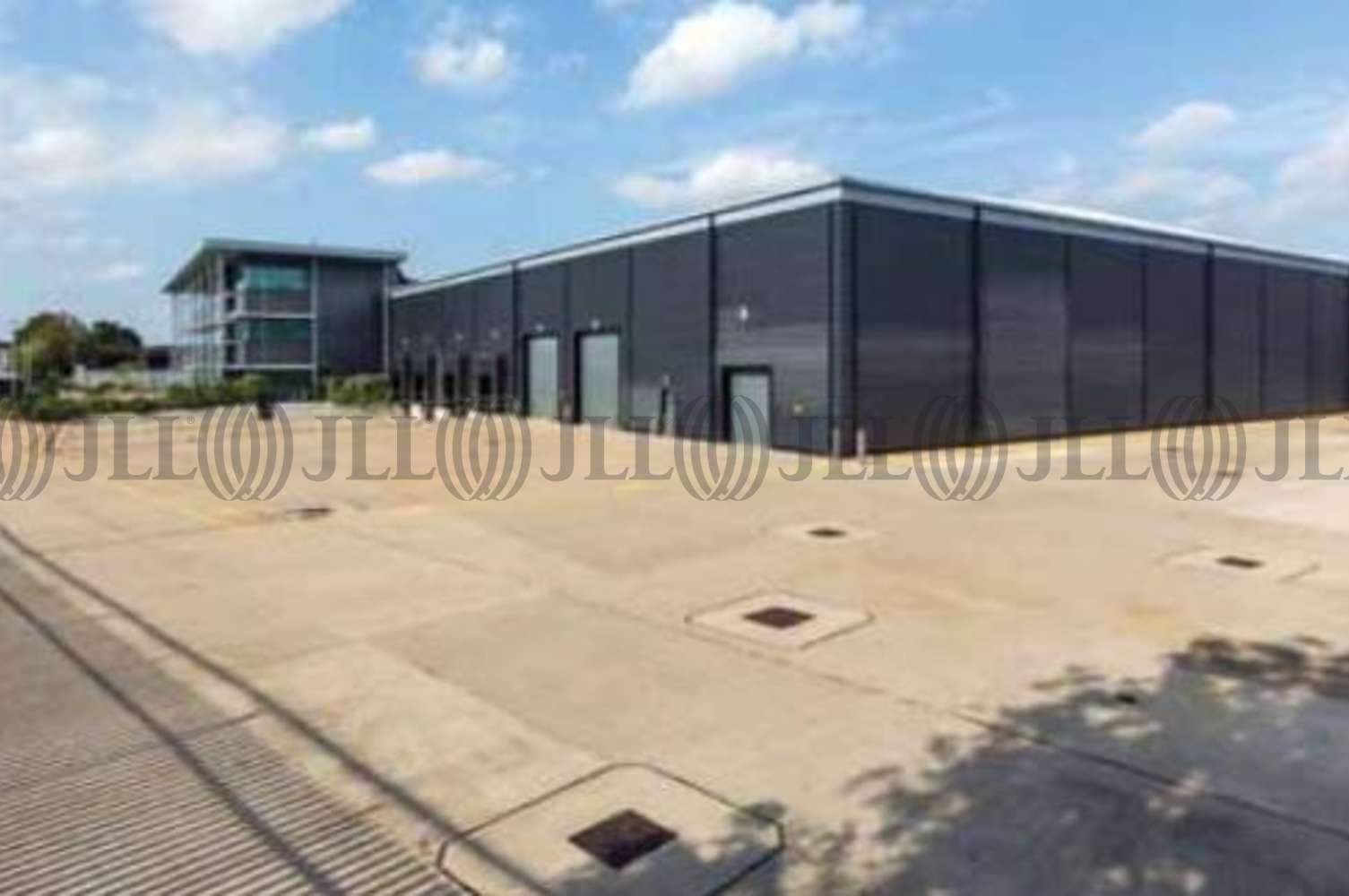 Industrial Heathrow, SL3 0ER - Cargo 777, Augustine Close, Off Blackthorne Road, Poyle - 4