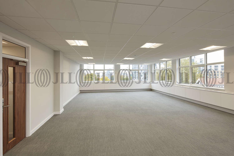Office Southampton, SO15 2NP - White Building - 56223