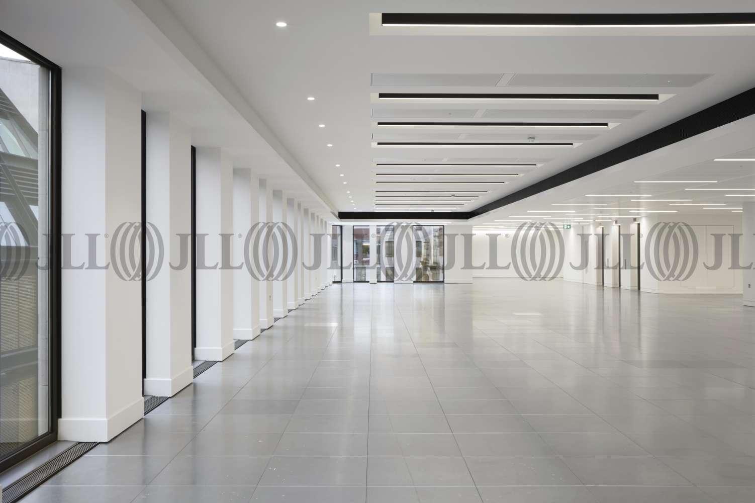 Office London, EC2V 8AS - Forum St Paul's - 012