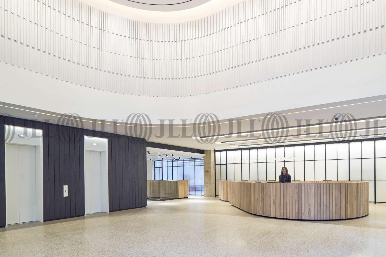 Office London, EC2V 8AS - Forum St Paul's - 0015