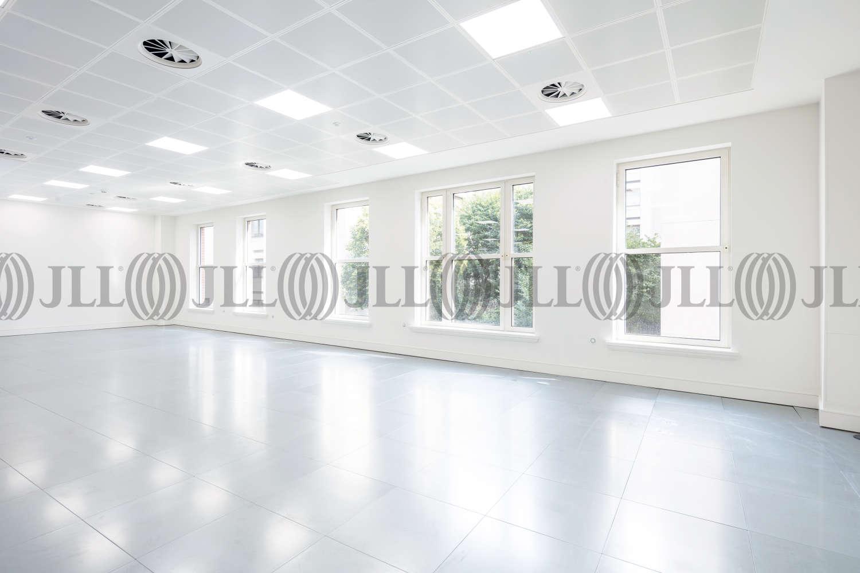 Office London, SW1Y 5EA - 123 Pall Mall - 0923