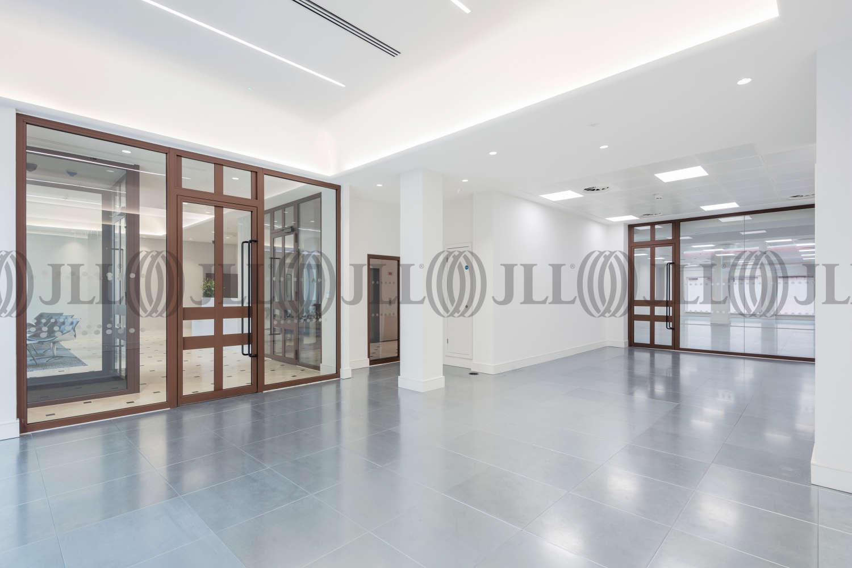 Office London, SW1Y 5EA - 123 Pall Mall - 0942