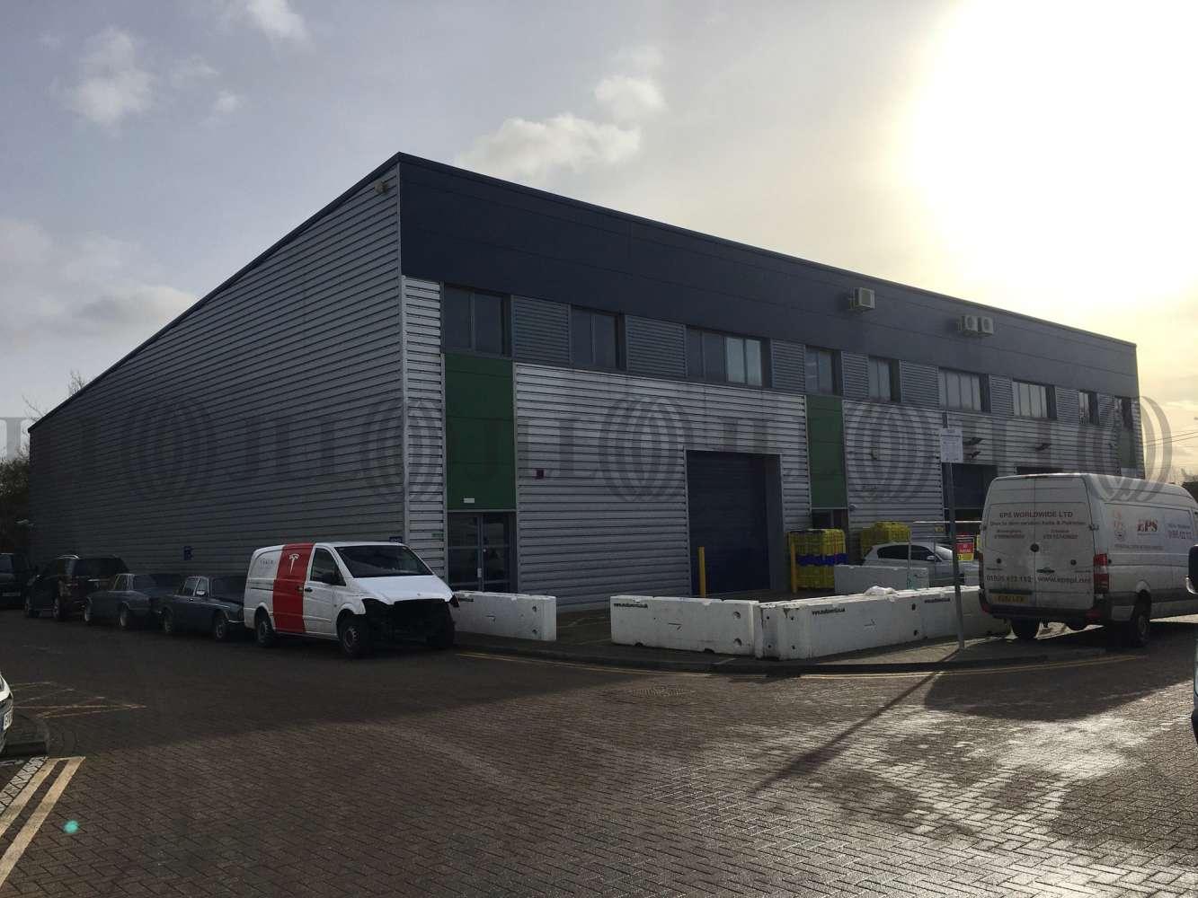 Industrial West drayton, UB7 8EB - Unit 5, Chancerygate Business Centre, Horton Close