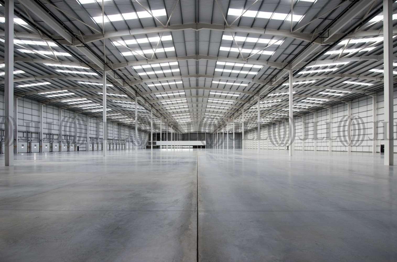 Industrial Rochdale, OL16 4NG - Kingsway 216 - 30