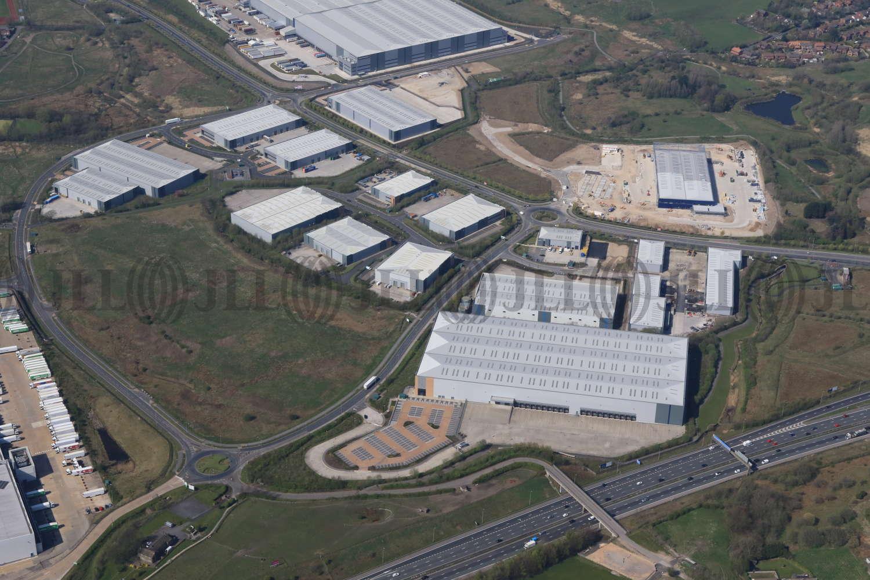 Industrial Rochdale, OL16 4NG - Kingsway 216 - 4809
