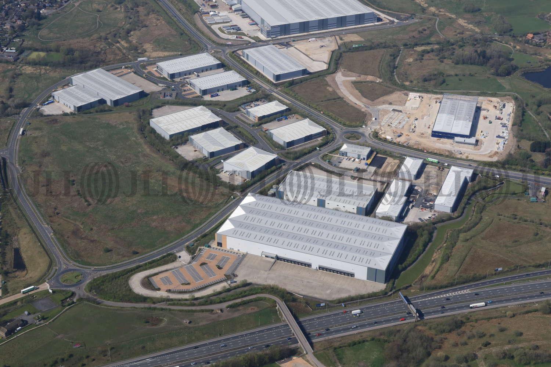 Industrial Rochdale, OL16 4NG - Kingsway 216 - 4696