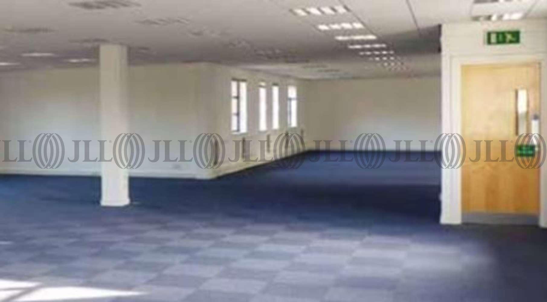 Office Livingston, EH54 7DF - Alderstone Business Park - 002