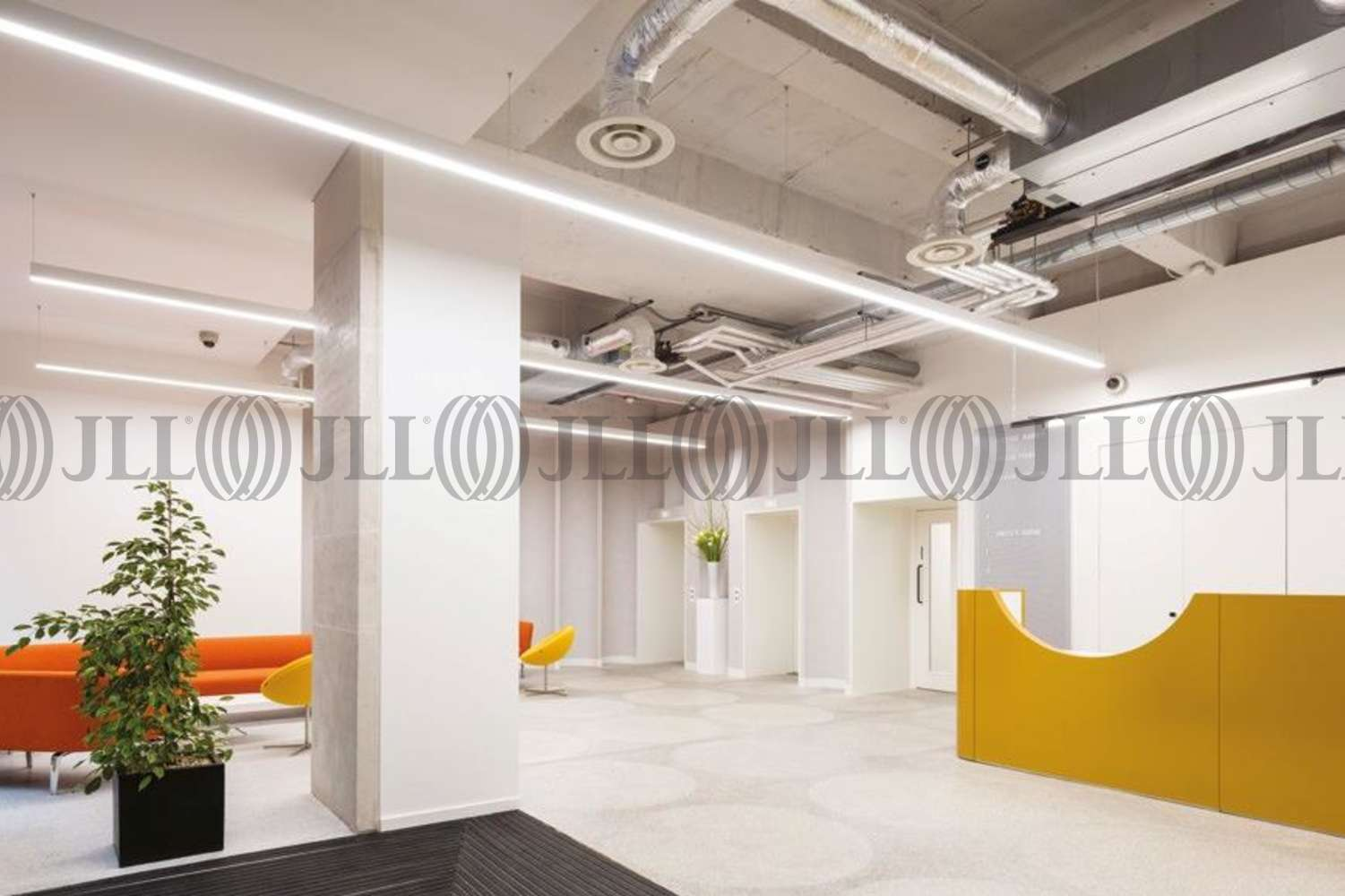 Office London, EC1Y 4UP - 4 Chiswell Street - 1