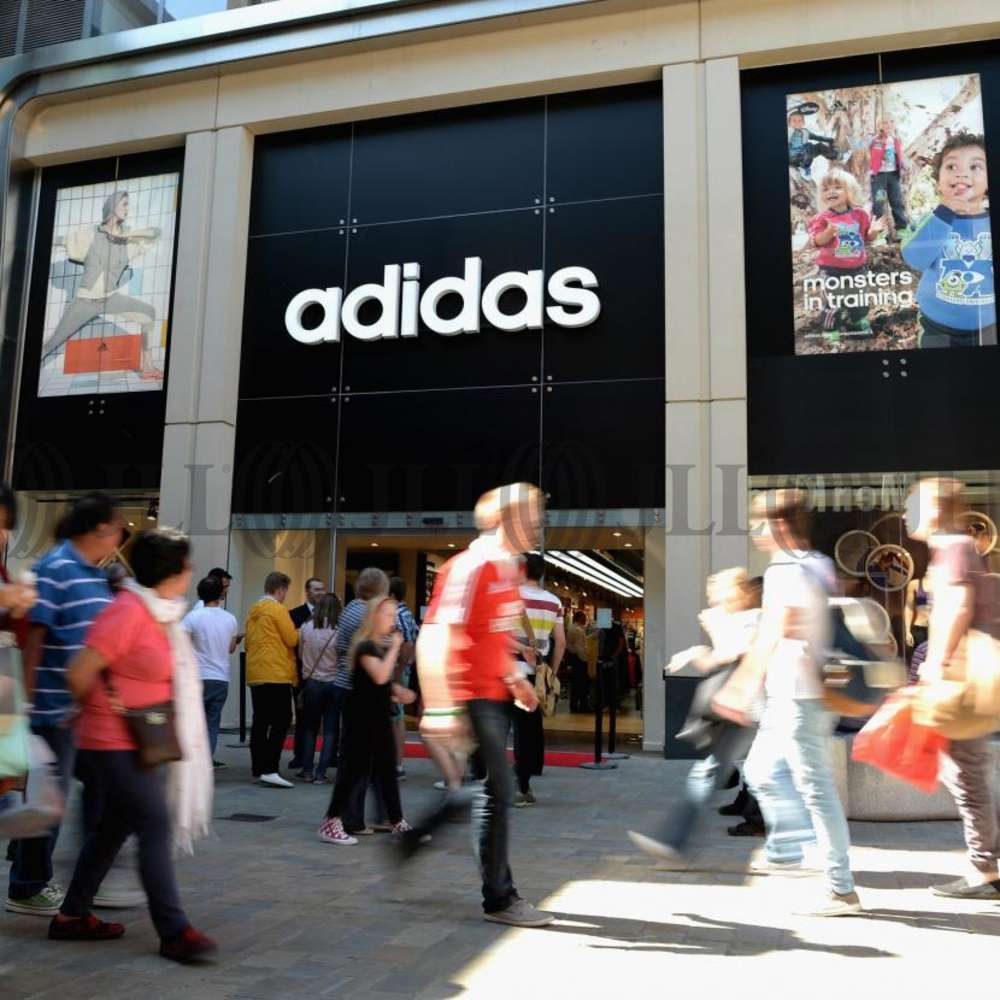 Retail shopping centre Leeds, LS1 5ES - Trinity Leeds