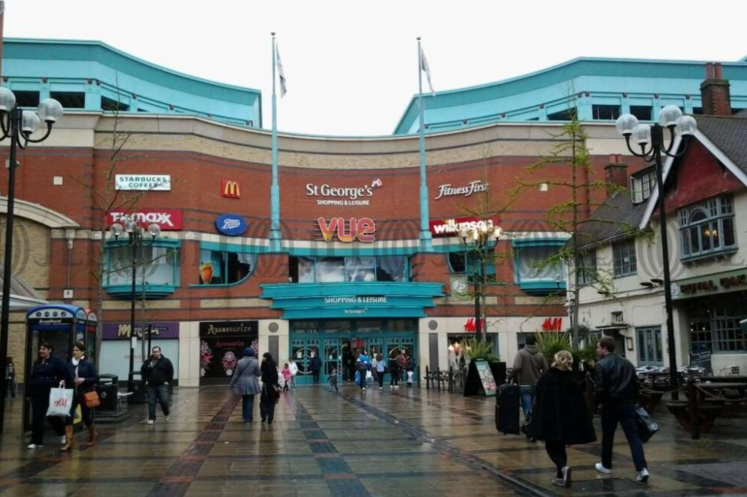 Retail shopping centre Harrow, HA1 1HS - St. Georges Shopping & Leisure Centre