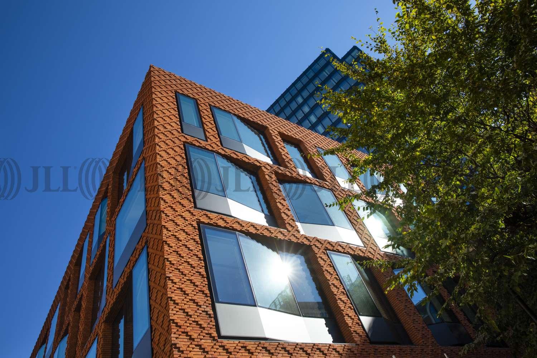 Office London, SW1E 6AR - The Caxton - 001