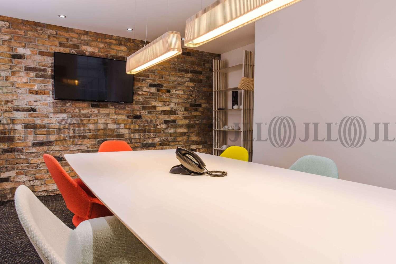 Serviced office London, WC1A 2DA - 5 Southampton Place - 25441
