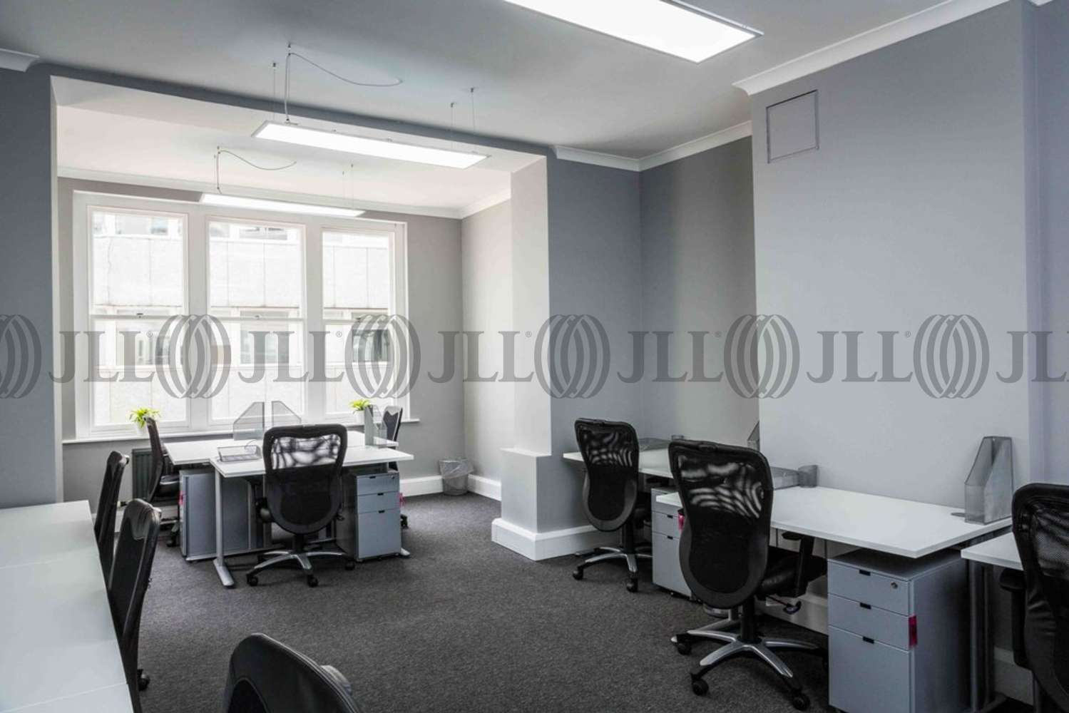 Serviced office London, EC4Y 8BQ - 36 Whitefriars Street