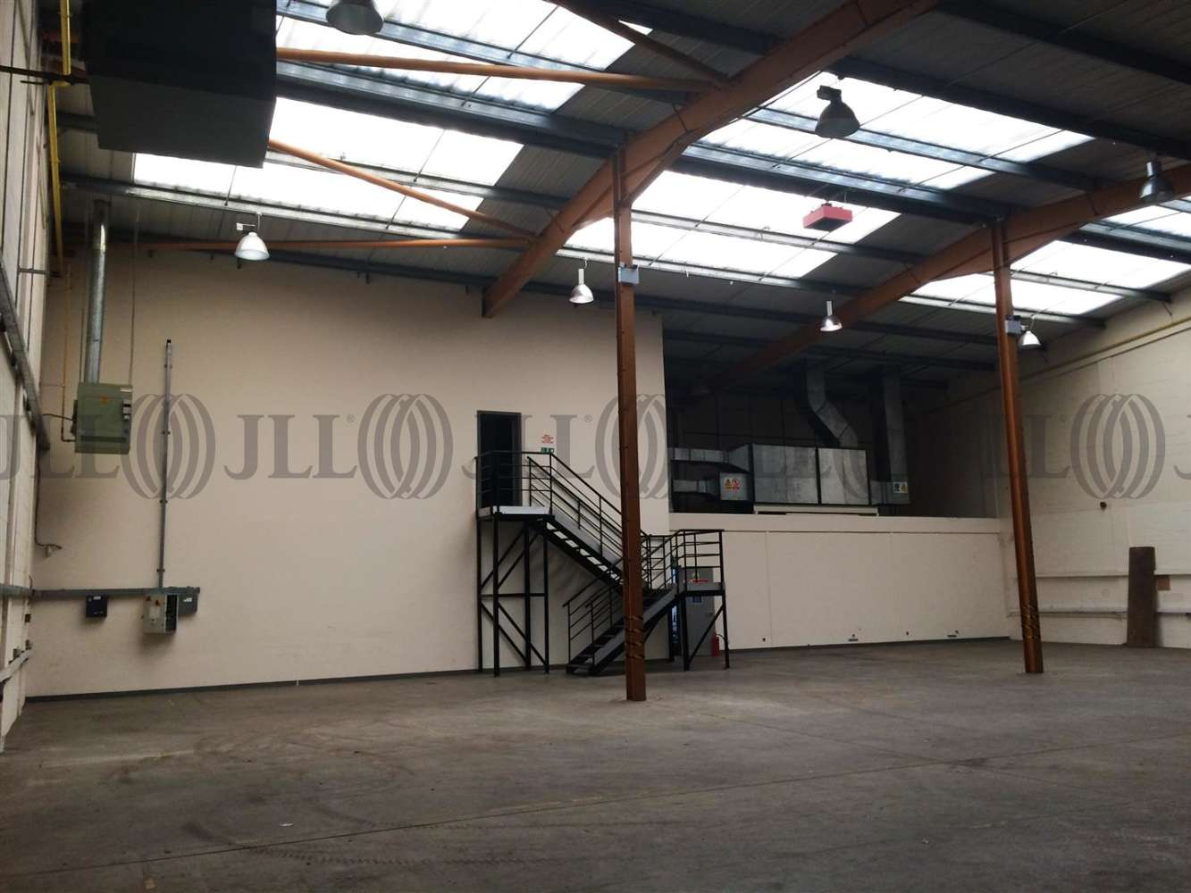 Industrial Livingston, EH54 8RG - 7 Elphinstone Square, Deans Industrial Estate - 3