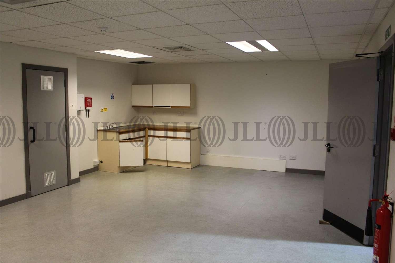 Industrial Livingston, EH54 8RG - 7 Elphinstone Square, Deans Industrial Estate - 0610