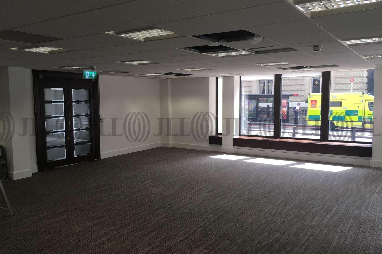 Office London, SW1W 0RR - 60 Buckingham Palace Road - 0147