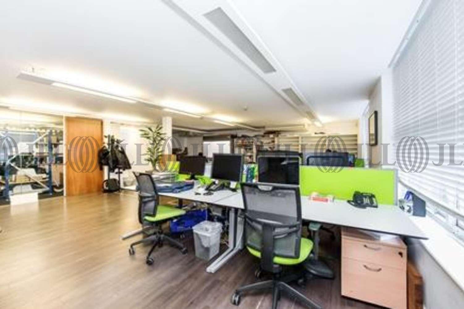 Office London, EC1V 0AU - 12 - 14 Berry Street - 3