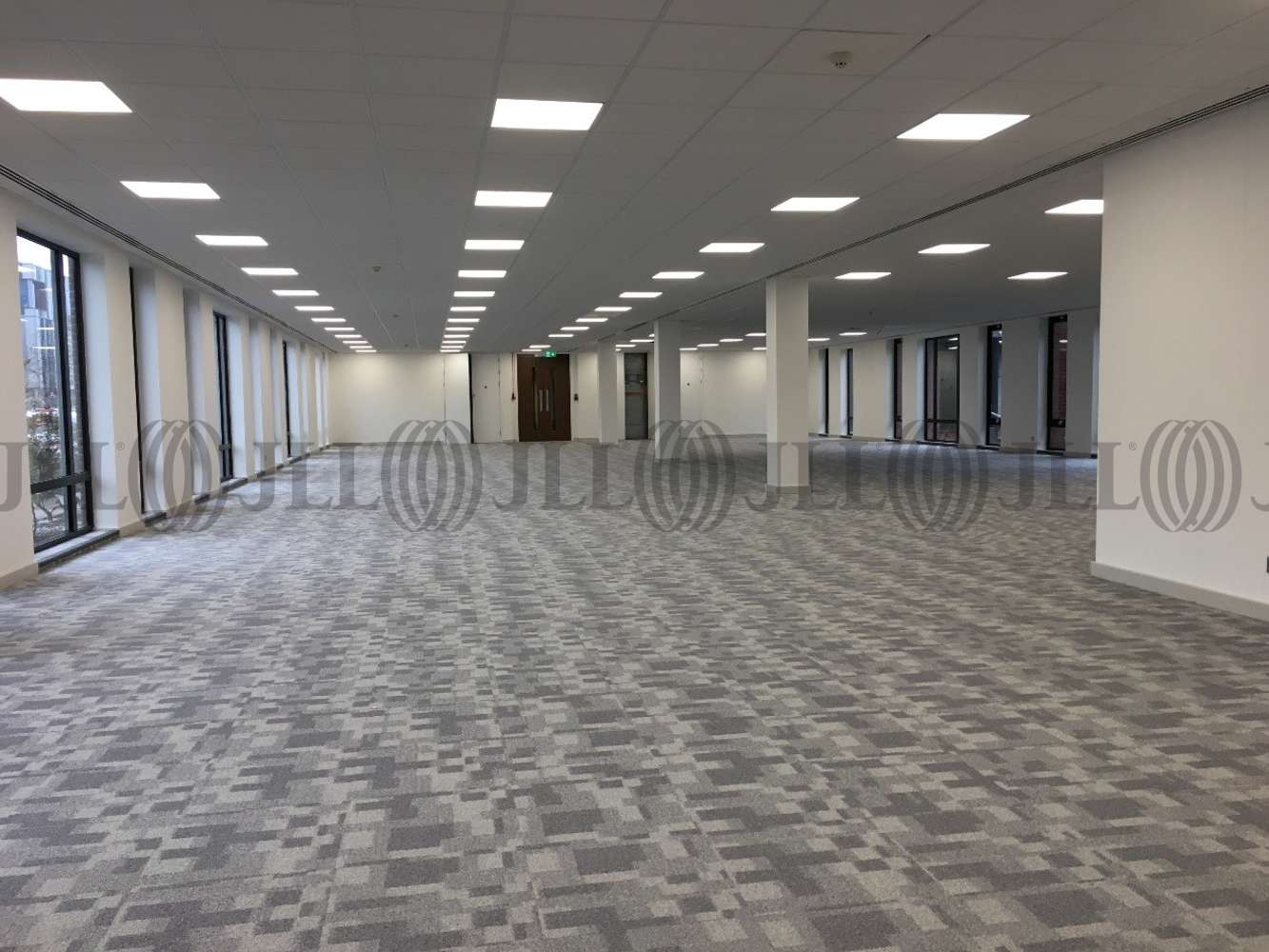 Office Crawley, RH10 9NU - The Office Building