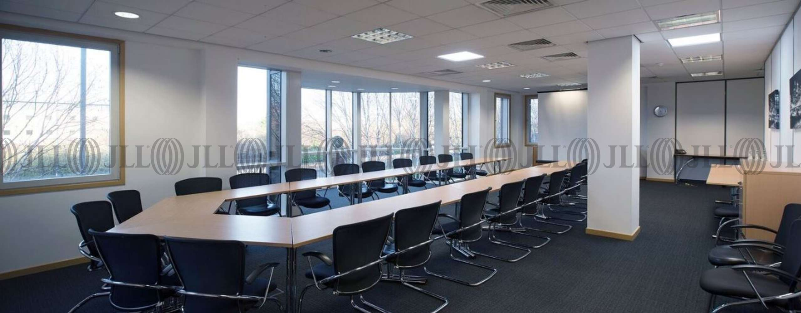 Serviced office Heathrow, UB7 0EB - 450 Bath Road - 4